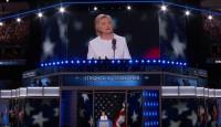 La campaña de Clinton detalla que sufre una neumonía bacteriana no contagiosa
