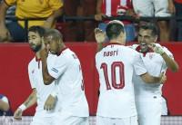 El Sevilla se apunta el derbi y el Málaga se estrena ante el Eibar