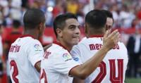 Sevilla, Las Palmas y Deportivo suman puntos en el descuento