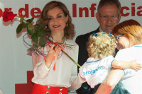 Doña Sofía y Doña Letizia, dos Reinas entregadas a la Cruz Roja