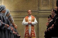 Jude Law y Paolo Sorrentino presentan este martes en Madrid la serie 'The Young Pope'
