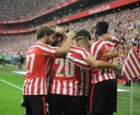 El Athletic remonta el derbi vasco, el Villarreal golea y Prandelli debuta ganando