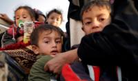 Los niños que huyen de Mosul están