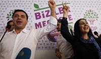 Turquía detiene a los colíderes del prokurdo HDP y nueve parlamentarios del partido