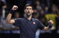Djokovic cierra el pleno de victorias y Raonic se gana su primera semifinal de Maestros