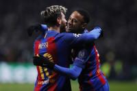 Messi vuelve y firma un 'doblete' de octavos