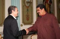 Maduro aclara que el Gobierno sigue comprometido con el diálogo