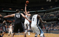 Marc Gasol sucumbe ante los Kings e Ibaka brilla con 'doble-doble'