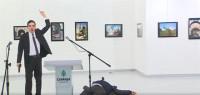 Muere el embajador ruso en Turquía tras ser disparado en Ankara