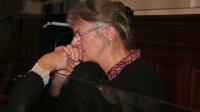 Hollande indulta a Jacqueline Sauvage, condenada por matar a su marido maltratador