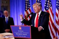 Trump vuelve a atacar a las agencias de inteligencia