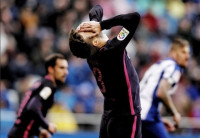 El Barça paga la resaca europea en Riazor