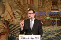 Rajoy agradece a los trabajadores su contribución a la recuperación