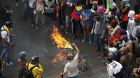 La oposición venezolana asegura que hubo un 88% de abstención