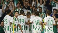 El Villamarín disfruta de su primera fiesta y la Real golea al Villarreal