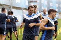 Víctor Sánchez sufre una lesión de grado uno en el gemelo de la pierna izquierda