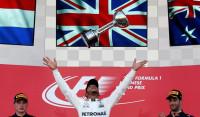 Hamilton asesta un golpe al Mundial tras el abandono de Vettel