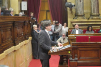 Puigdemont ultima una declaración sobre la independencia llamando a la mediación