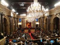 Puigdemont declara la Independencia pero la suspende para negociar