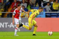 El Villarreal arranca un punto al Slavia y se aferra al liderato