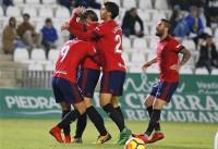 Un gol de Xisco tumba al Córdoba y pone a Osasuna en la punta