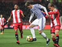 Stuani y Bono frenan a la Real Sociedad en Gerona (1-1)