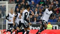 El Valencia no afloja antes del Barça y Las Palmas se queda colista