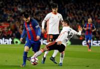 Un gran Valencia prueba la solidez del líder Barça
