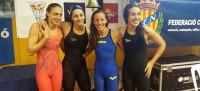 Mireia Belmonte se apunta dos oros y el 4x100 femenino tira de récord