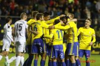 El Lugo deja el liderato al Huesca y el Cádiz se pone tercero