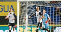 El Valencia empata en Las Palmas, Sevilla y Alavés apuntan a cuartos de Copa