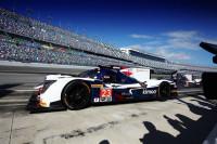 Alonso despide el ensayo en Daytona lejos de los Cadillac:
