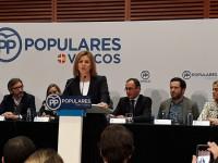 Cospedal denuncia que los gobernantes en Cataluña hayan puesto