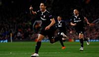 El Sevilla se doctora en Manchester