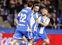 Adrián acerca la salvación para el Deportivo y hunde al Málaga