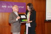 Mónica Oltra presenta la traducción al braille del Pacto contra la Violencia Machista elaborada por la ONCE