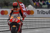 Márquez se impone en una accidentada prueba en Jerez