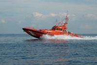 Rescatadas 40 personas de la patera en la que navegaban en aguas de Alborán