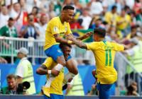 Un gran partido de Neymar y Willian coloca a Brasil en cuartos