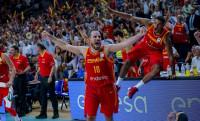 España salva el susto ante Letonia