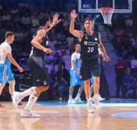 El Real Madrid se cita con Baskonia tras aplastar al anfitrión