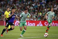 El Betis, a rebufo de la zona 'Champions' mientras el Alavés se desfonda