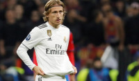 El Real Madrid alimenta sus dudas en Moscú