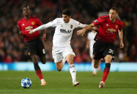 El Valencia se abona al empate en Old Trafford