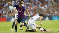 El Barça cede el liderato tras empatar en Mestalla