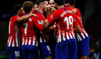 El Atlético duerme en lo más alto (2-0)