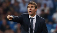 Real Madrid destituye a Lopetegui en busca de
