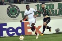 El Sevilla resiste hasta vencer al Akhisar