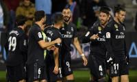 Benzema devuelve al Madrid a la pelea