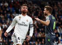 El Real Madrid resucita su crisis con una derrota ante la Real Sociedad